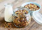Jak zrobić dietetyczne domowe musli? 5 prostych przepisów na pyszne domowe musli