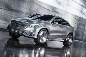 Salon Pekin 2014 | Mercedes MLC | Rywal BMW X6