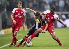 Bundesliga. Kuriozalna sytuacja w meczu Mainz z Freiburgiem. Sędzia podyktował rzut karny... w przerwie