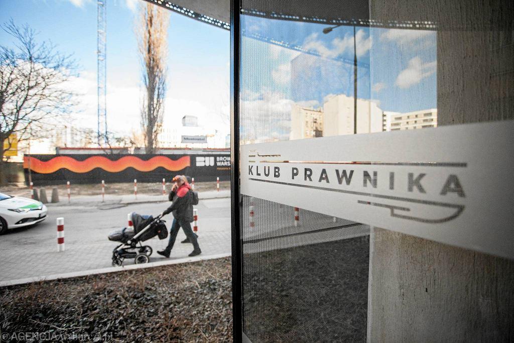/ 26.03.2017 Warszawa , ul. Wronia 45.Restauracja Klub Prawnika. Fot. Dawid Żuchowicz / Agencja Gazeta
