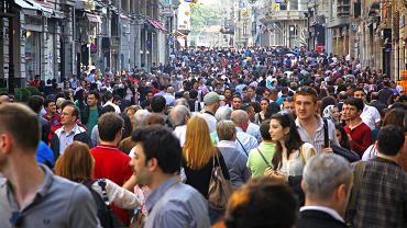 Deptak Istiklal w Stambule, fot. katatonia82 / shutterstock.com