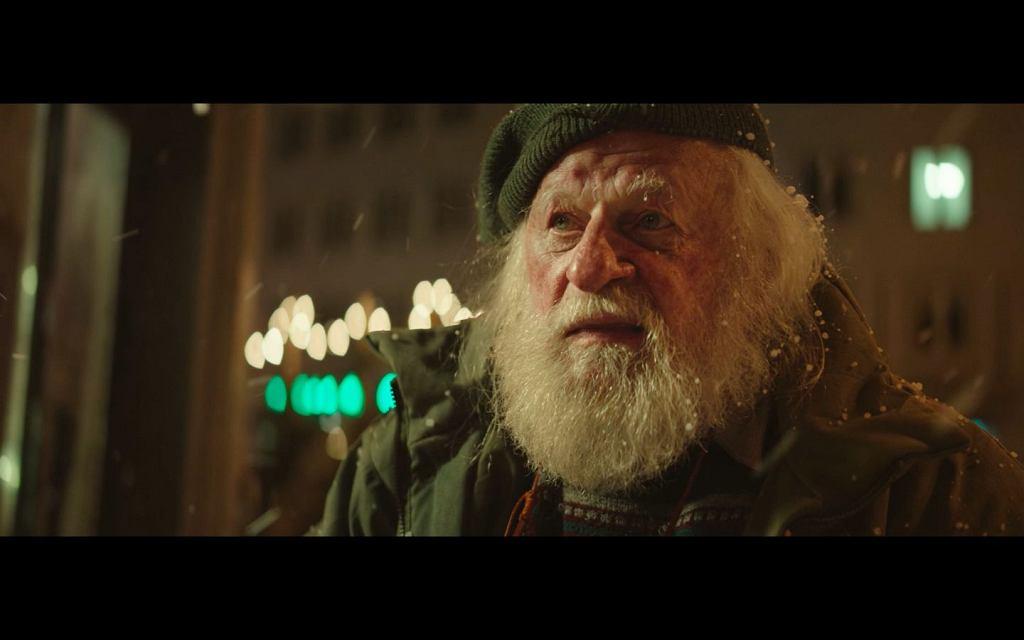 Kadr ze spotu świątecznego Allegro 'Talizman'