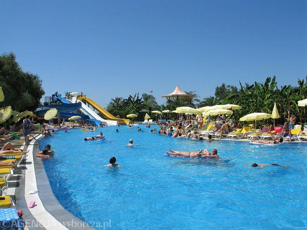 Rodzinne wakacje w Turcji - piękna pogoda i komfortowe hotele idealne dla rodzin z dziećmi