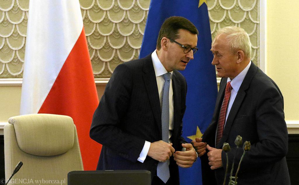 Premier Mateusz Morawiecki i minister energii Krzysztof Tchórzewski.