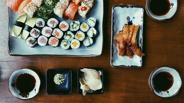 Dziś Międzynarodowy Dzień Sushi. Ta japońska potrawa zdobyła serca Polaków