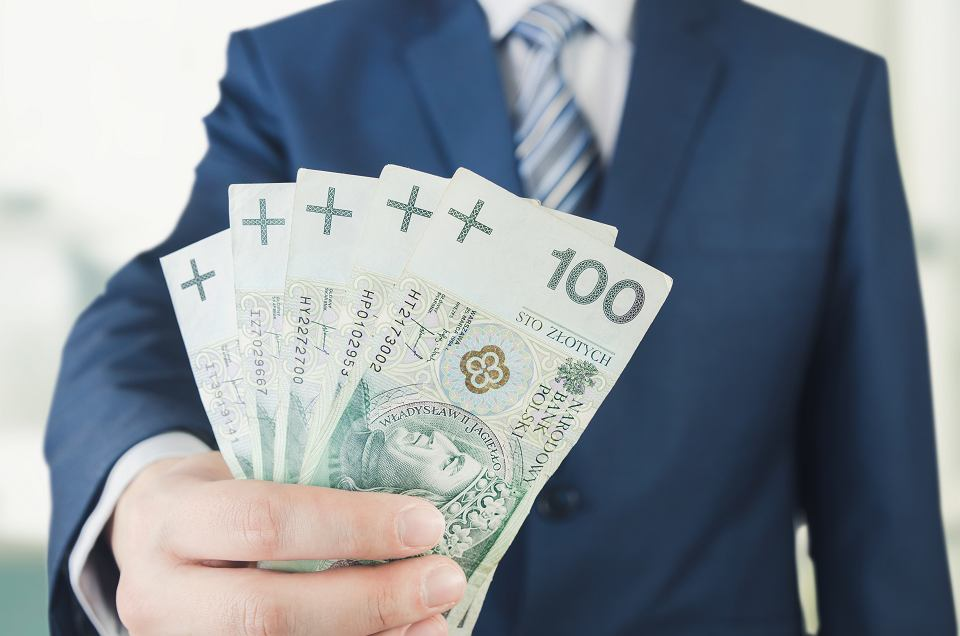 Rekordowo niskie stopy procentowe. Ile kosztują teraz pożyczki?