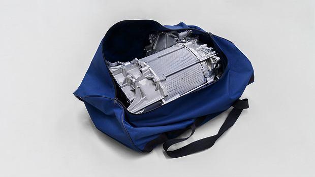 200-konny silnik elektryczny Volkswagena ID.3 w... torbie