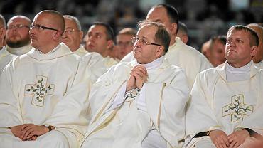Rydzyk podczas mszy świętej z okazji 24. urodzin Radia Maryja