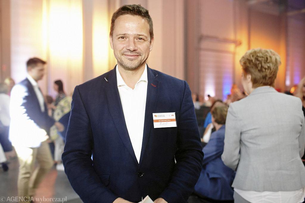Wybory samorządowe 2018 w Warszawie. Stowarzyszenie Kongres Kobiet poparło kandydaturę Rafała Trzaskowskiego