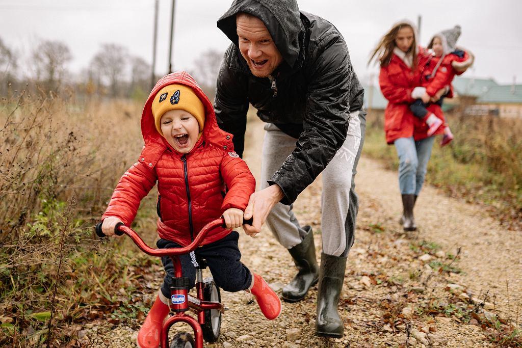 Sztuka jazdy na dwóch kółkach. Jak nauczyć dziecko jeździć na rowerze?