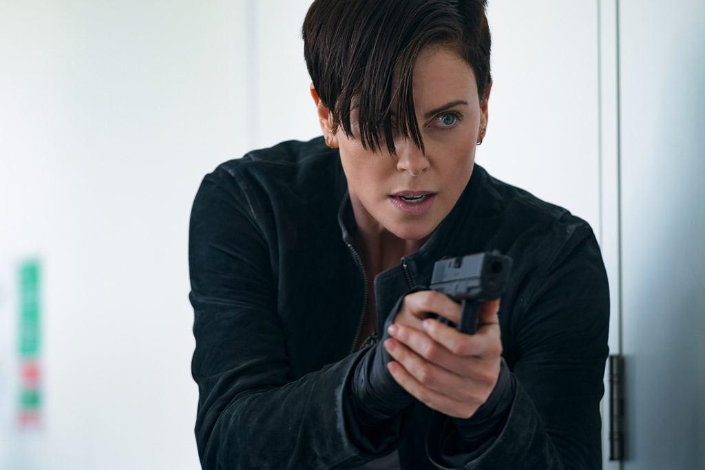 W nowym filmie Netflixa 'The Old Guard' Charlize Theron wciela się w nieśmiertelną wojowniczkę