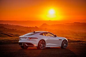 Jaguar F-Type Chequered Flag - Jaguar wspomina pierwszy sportowy model