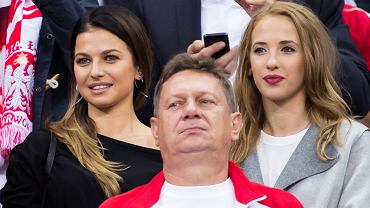 57 tysięcy widzów oglądało historyczne zwycięstwo Polski w meczu z Niemcami. Wśród kibiców dostrzec można było m.in. partnerki piłkarzy z Anną Lewandowską na czele, kontuzjowanego Kubę Błaszczykowskiego, byłych reprezentantów Polski i inne znane z telewizji twarze.