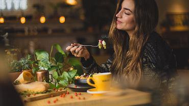 Comfort food to jedzenie wprawiające nas w dobry nastrój, przywołujący bliskie osoby