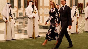 Jared Kushner z żoną Ivanką Trump podczas wizyty w Arabii Saudyjskiej