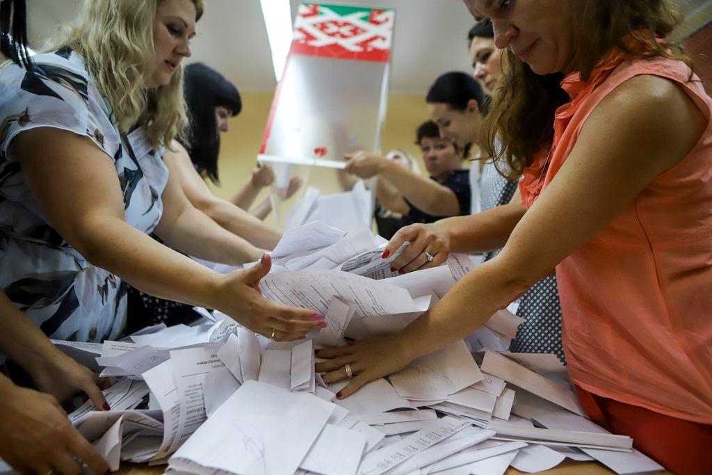 Liczenie głosów na Białorusi