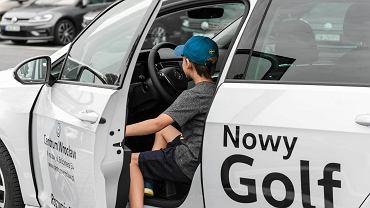 Nowy golf VII na weekend był nagrodą w konkursie organizowanym we współpracy z salonem Volkswagen Centrum