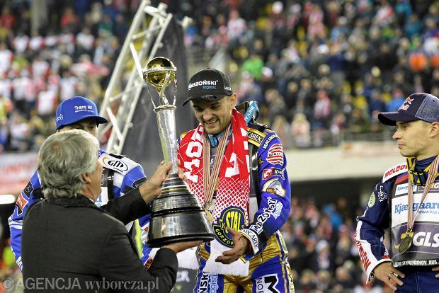 Zdjęcie numer 115 w galerii - Żużlowe Grand Prix w Toruniu. Zmarzlik mistrzem świata. Zobacz galerię zdjęć z toru i trybun