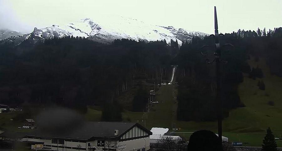 Skocznia w Engelbergu kilka dni przed zawodami Pucharu Świata w skokach