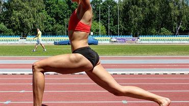 Dominika Muraszewska, to jedna z najbardziej uzdolnionych polskich biegaczek na dystansie 400 m. 21-letnia zawodniczka AZS AWF Warszawa ostatnio jest w znakomitej formie. Zdobyła złoty medal w młodzieżowych mistrzostwach Europy w Bydgoszczy oraz mistrzostwo Polski (dwukrotnie w sztafecie 4x400 m). Dominika jest bardzo aktywna w mediach społecznościowych. Jej profil na instagramie śledzi prawie 10 tys. użytkowników.
