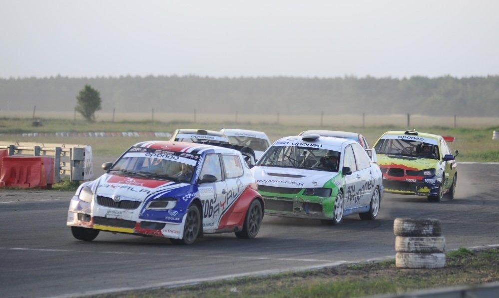 Zawody rallycrossowe na torze w Toruniu