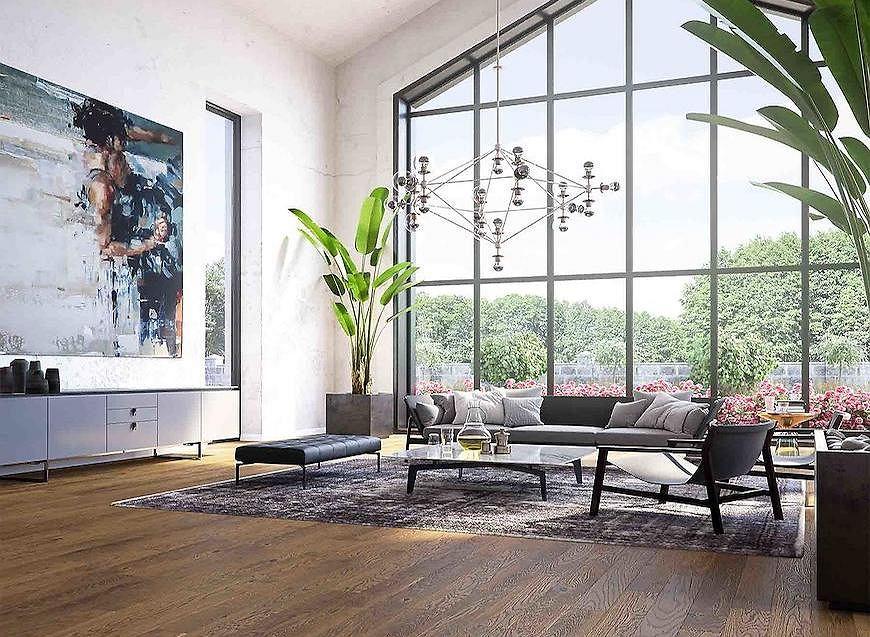 Podłoga w naturalnym kolorze drewna.
