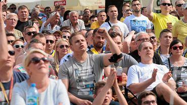 28 maja 2016, kielczanie kibicują na Rynku Vive Tauron Kielce