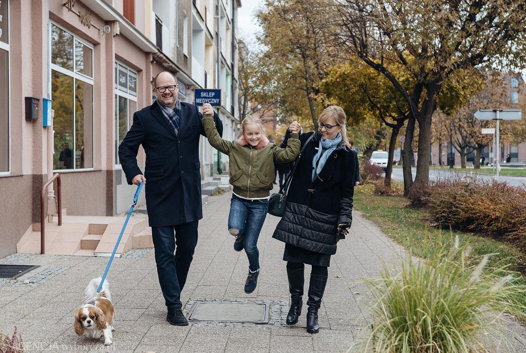 Listopad 2018, prezydent Gdańska Paweł Adamowicz wraz z zona Magdalena i córką Teresą.