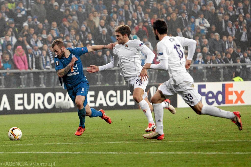Lech Poznań - Fiorentina 0:2 w Lidze Europejskiej. Davide Astori z nr 13