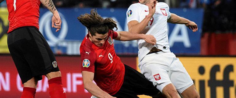 Zawodnik Austriaków zakpił z reprezentacji Polski. Sam zmarnował znakomitą okazję