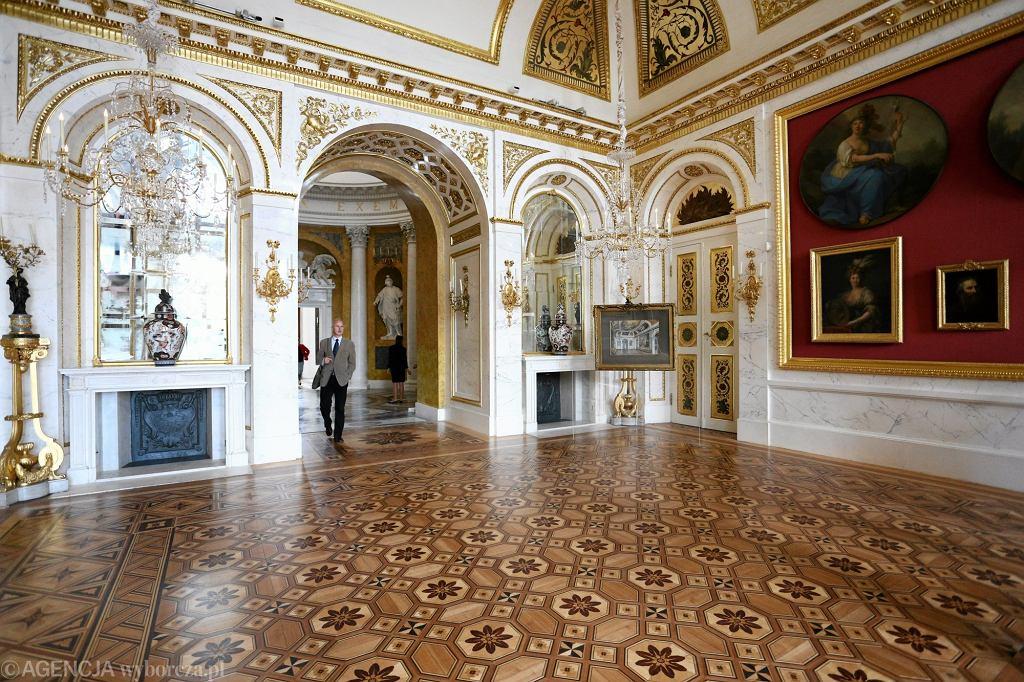 Łazienki Królewskie. Pałac Na Wyspie po renowacji. / ADAM STĘPIEŃ