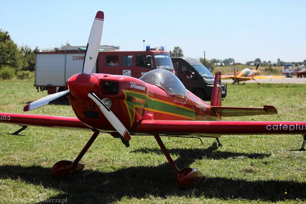 Akrobacje samolotowe