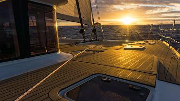 W ramach jachtostopu za bilet w morską podróż płaci się własną pracą