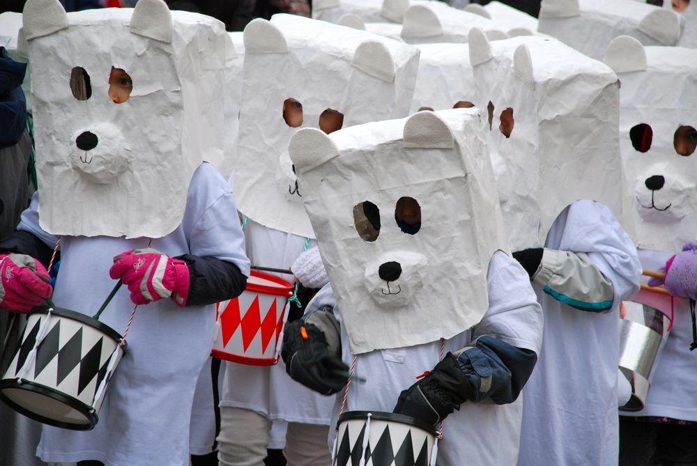 Trzy Najpiękniejsze Dni w Bazylei. Parada dzieci przebranych za misie