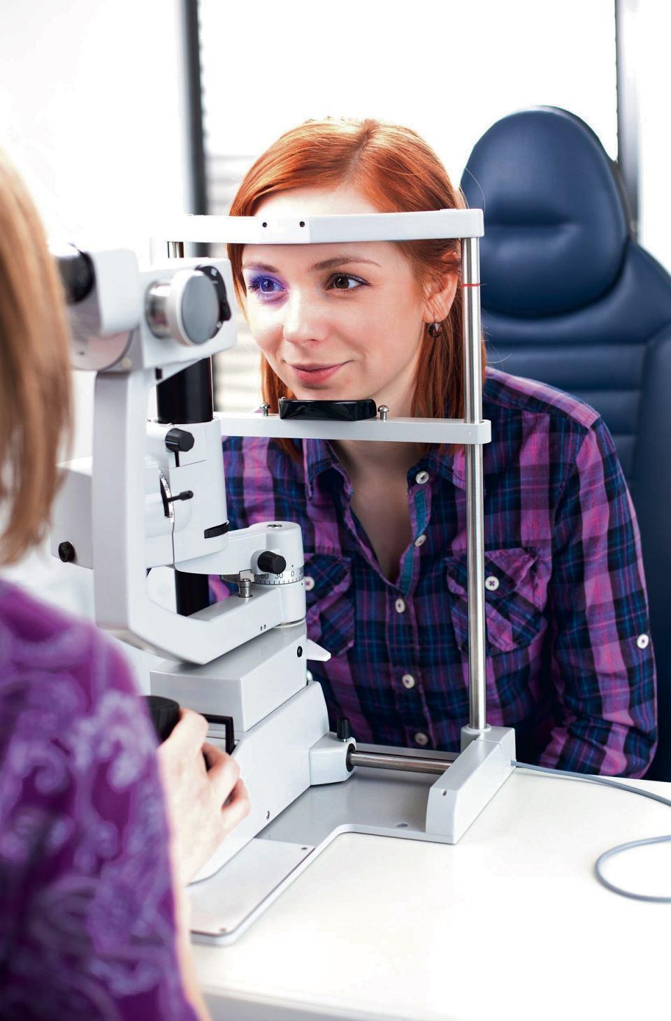 Chcesz skorzystać z badania wzroku u specjalisty za symboliczną złotówkę? Zarejestruj się na www.wielkiebadaniewzroku.pl. Do wyboru masz 160 salonów w całej Polsce i terminy od 1 do 31 marca