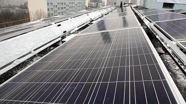 Elektrownia słoneczna na dachu bloku przy ul. Sanockiej we Wrocławiu
