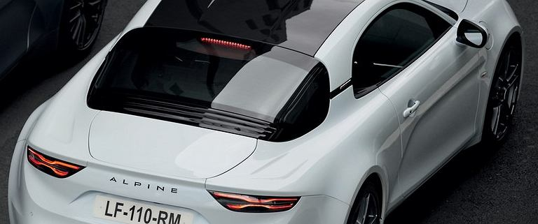 Alpine A110S - debiut nowej wersji lekkiego coupe z Francji. Jeszcze więcej frajdy z jazdy?