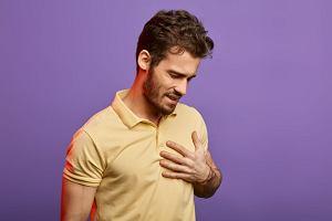 Kołatanie serca - skąd się bierze i co oznacza? [NaZdrowie]