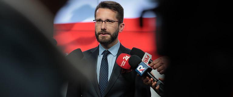 Zbigniew Ziobro bez głosu w Sejmie. Fogiel: Rząd reprezentował pan premier