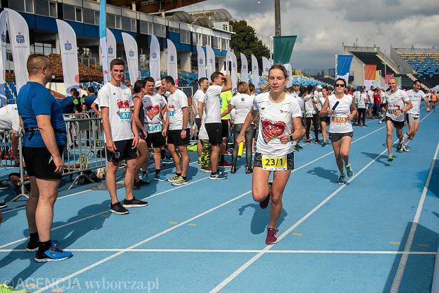 Zdjęcie numer 53 w galerii - PKO Bieg Charytatywny. Na Zawiszy pomagali biegając [ZDJĘCIA]