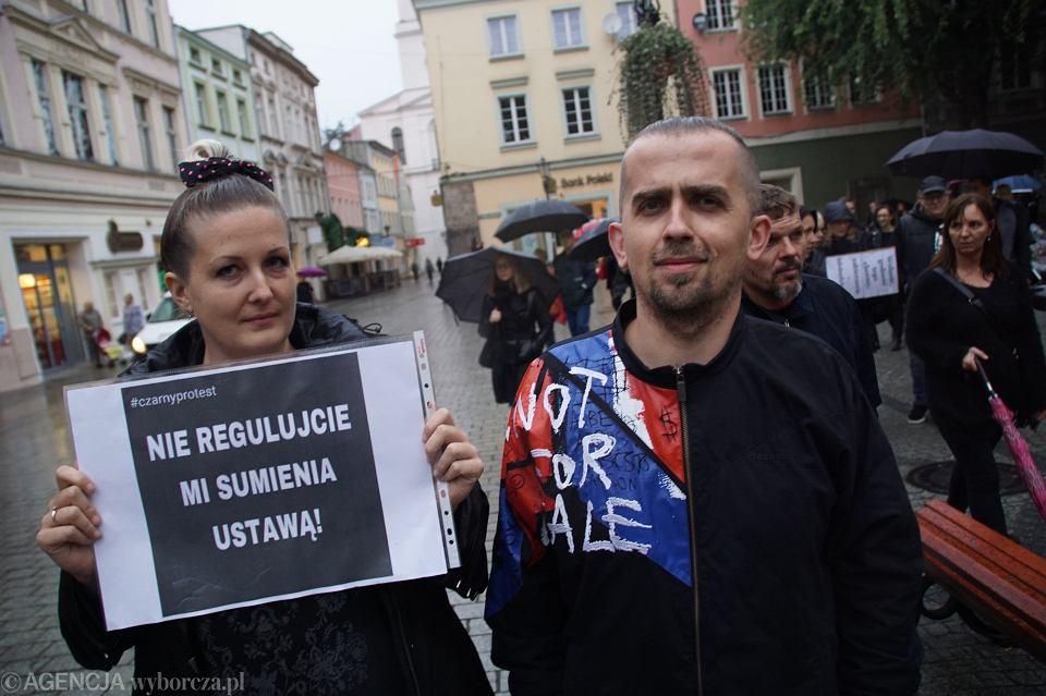 Zdjęcie numer 54 w galerii - Czarny protest w Zielonej Górze: