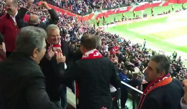 Magia futbolu połączyła nawet prezydentów [WIDEO]