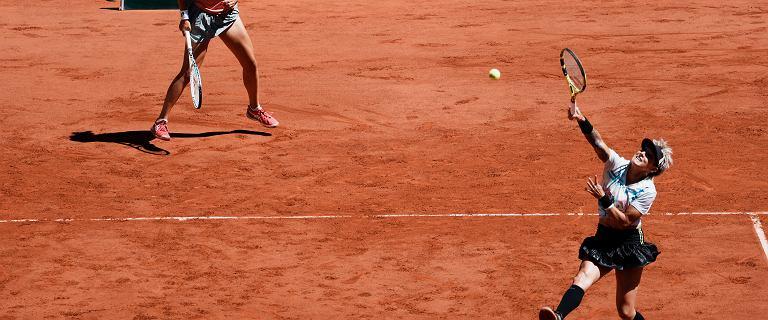 Świątek i Mattek-Sands poległy w finale Roland Garros! Krejcikova podwójną mistrzynią