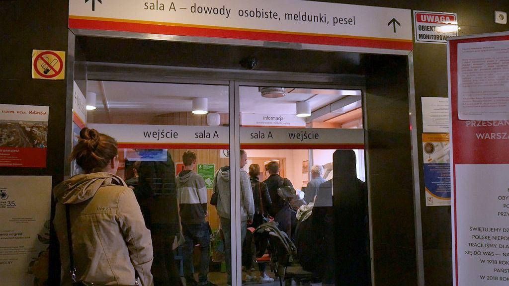 Kolejki w Urzędzie Miasta na Mokotowie
