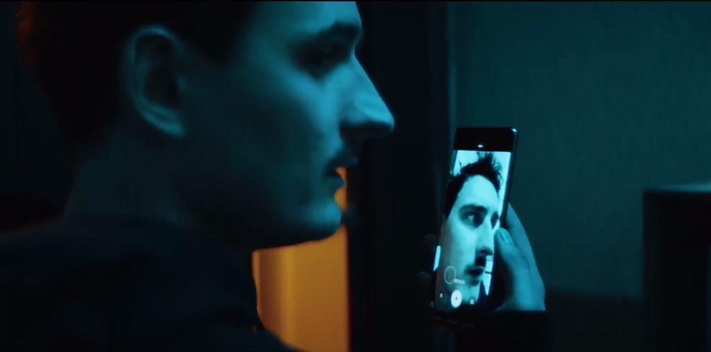 fragment teledysku 'Najnowszy klip'