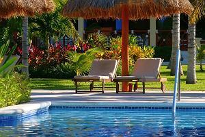 Najczęstsze skargi na biura podróży po wakacjach. Godzinny spacer na plażę, brud w hotelu, skrócony pobyt