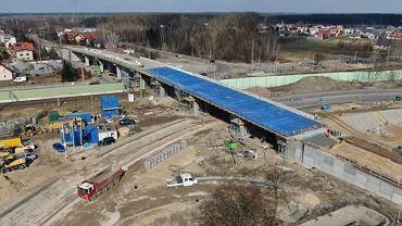 Budowa wiaduktu kolejowego w Łochowie na linii Rail Baltica (zdjęcie z lutego 2021 r.)