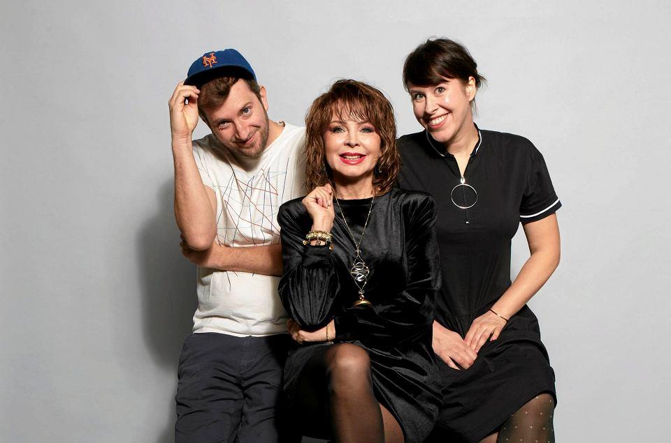 Izabela Trojanowska, Paula i Karol
