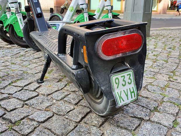 Hulajnogi na minuty w Berlinie mają tablice rejestracyjne