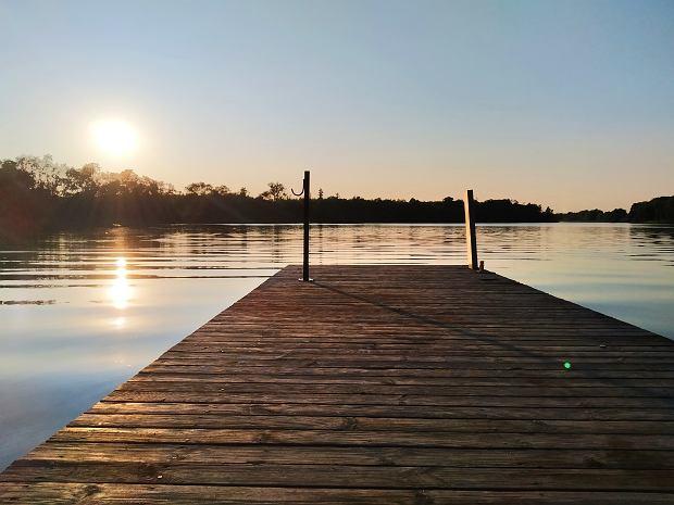 Warto wybrać się na spływ kajakowy jeziorami w okolicach Choszczna